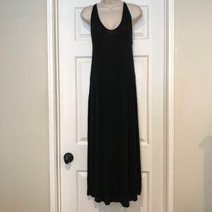 🔵Brandy Melville Maxi Dress